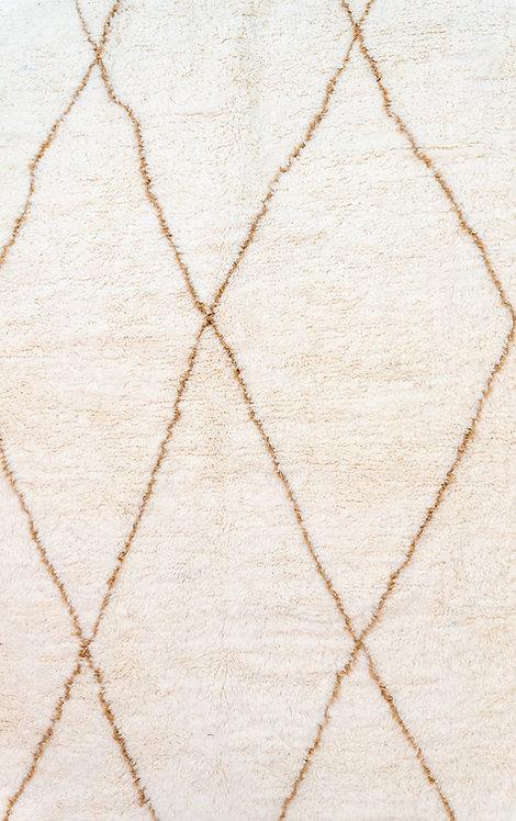 שטיח מרוקאי אותנטי בני אוריין מעוינים בייג'
