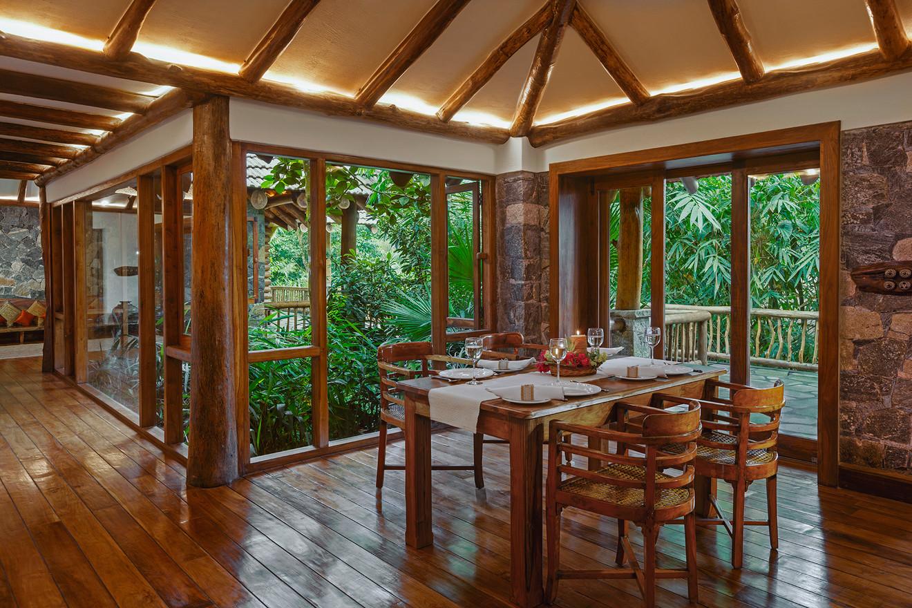 Earthitects Stone Lodges - Dining