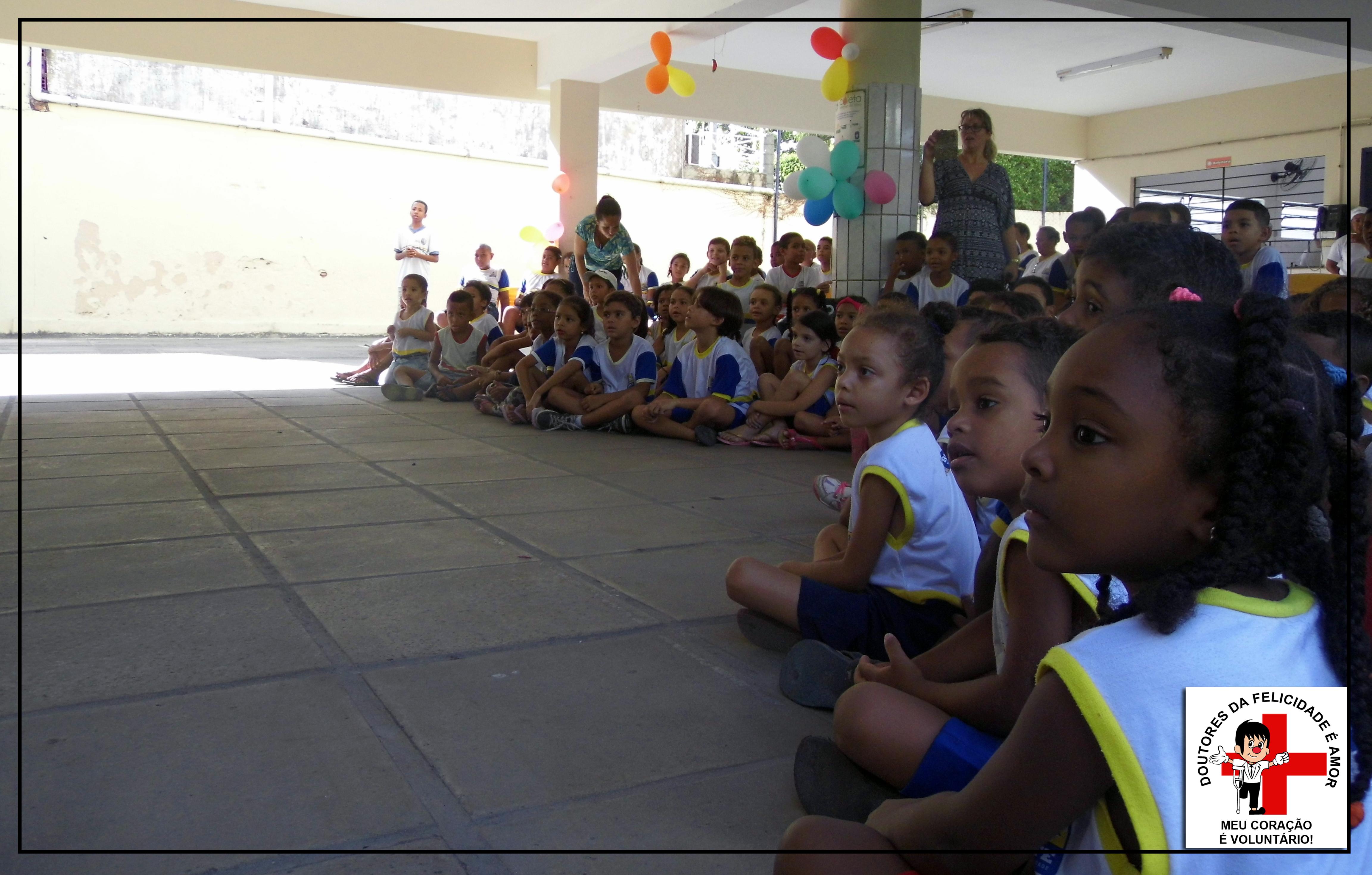 Crianças da Escola assistida