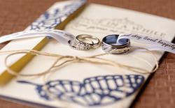 Wedding_Rings_Andrea_Kay_Photography
