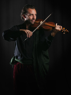 Pavel Amilcar - Violín