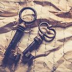key-2740735_640.jpg
