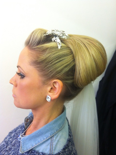 Vintage bridal Hair Idea.JPG