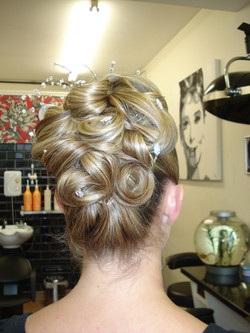 Pin curl up-style