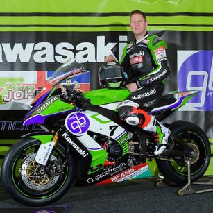 Garry-Johnson-on-his-TT-Bike.jpg