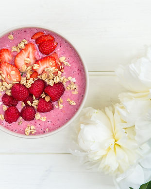 Pretty in Pink smoothie bowl.jpg