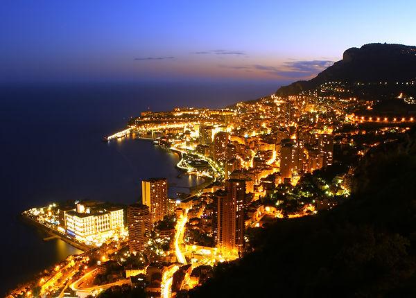 monte-carlo-lights-1452120.jpg