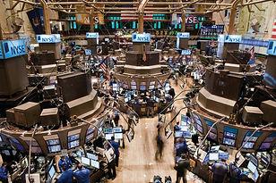 Trading-floor-New-York-Stock-Exchange-Ci