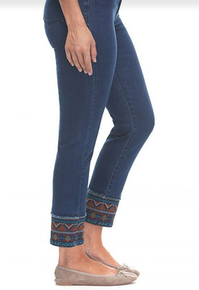 Jean with embroidered hem