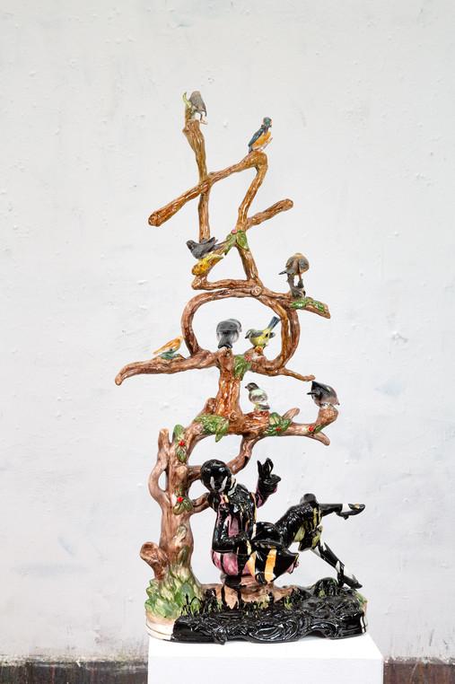 HOAX Skulptur, Epoxy resin, diverse materals, 2018