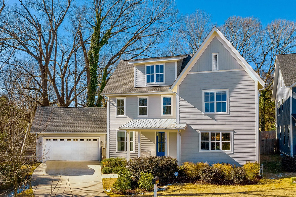 The housing inventory continues to decline as Raleigh's population + median price per square foot continue to rise!