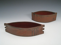 2 ikebana boats