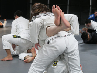 5 Benefits Martial Arts Gives You That Your Regular Gym Can't