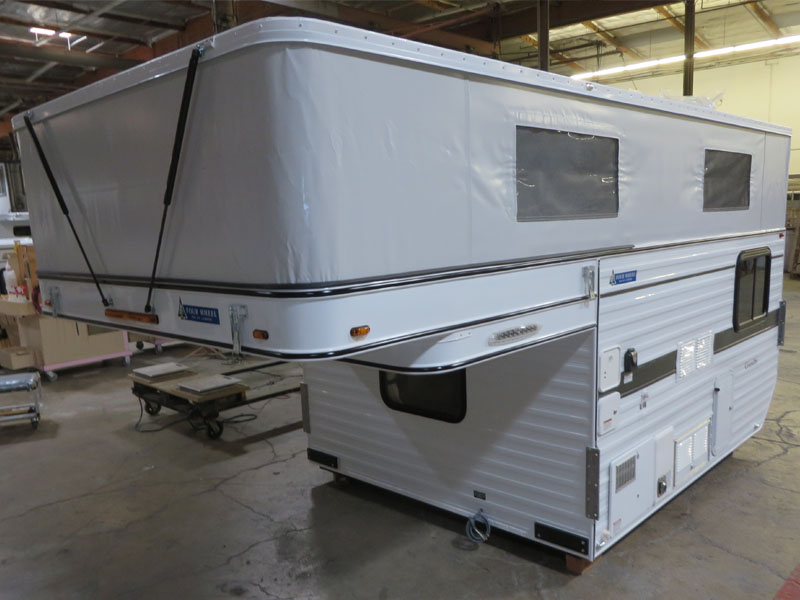 flat-bed-popup-truck-camper-floorplan-grandby-ford-chevy-dodge-gmc-drivers-side-view