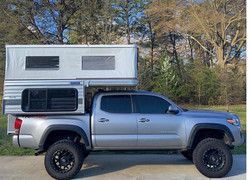 swift_model_silver_spur_taacoma_4x4_popup_truck_camper_low_profile_lightweight.-1