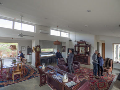 Visitors in the loungeroom