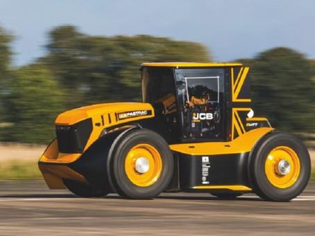 """JCB hizo """"volar"""" un tractor a 217 Km/hora"""