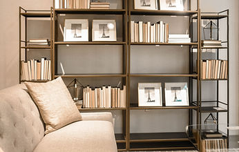 apartment-books-bookshelves-1125130.jpg