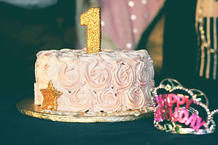 baby-girl-birthday-birthday-cake-851204.
