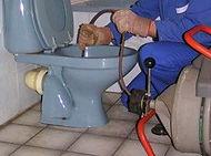 Le débouchage de canalisation WC, évier, lavabo ou sanitaires