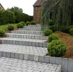 pavés en pierre et palissades - Aménagements extérieurs - Dumont Pierre & Fils