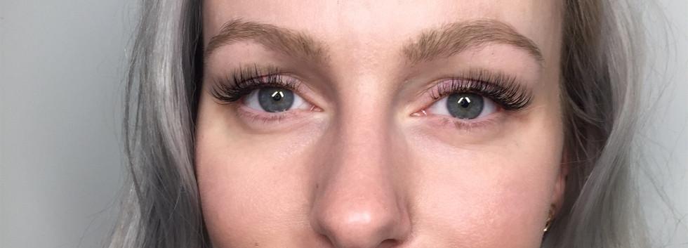 volume lashes