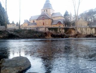 Semois et abbaye de Laval Dieu à Monthermé