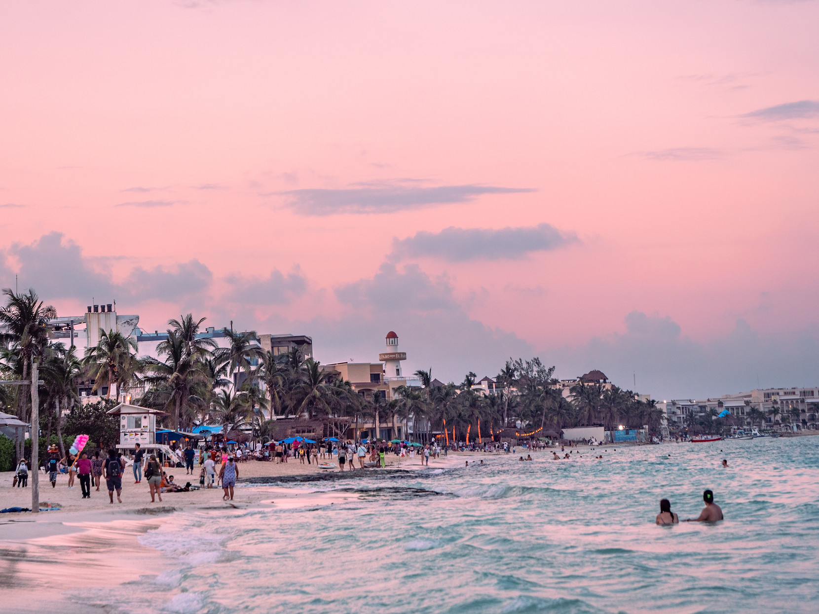 Playa Del Carmen, Spanisch