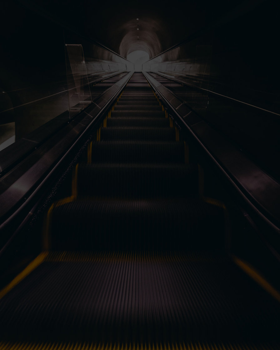 escalator%20moving%20upward_edited.jpg
