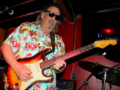 GEO AND HIS '62 STRAT