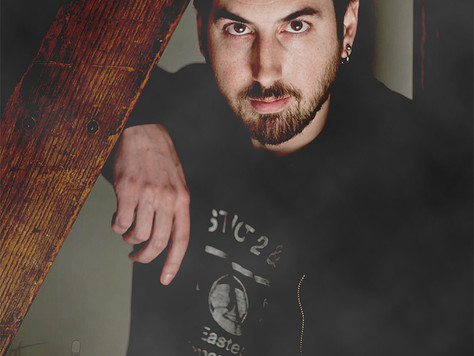 Episode 22 - Special Guest Ti West Checks Into The Boo Crew Inn for Fright Flick Awesomeness!