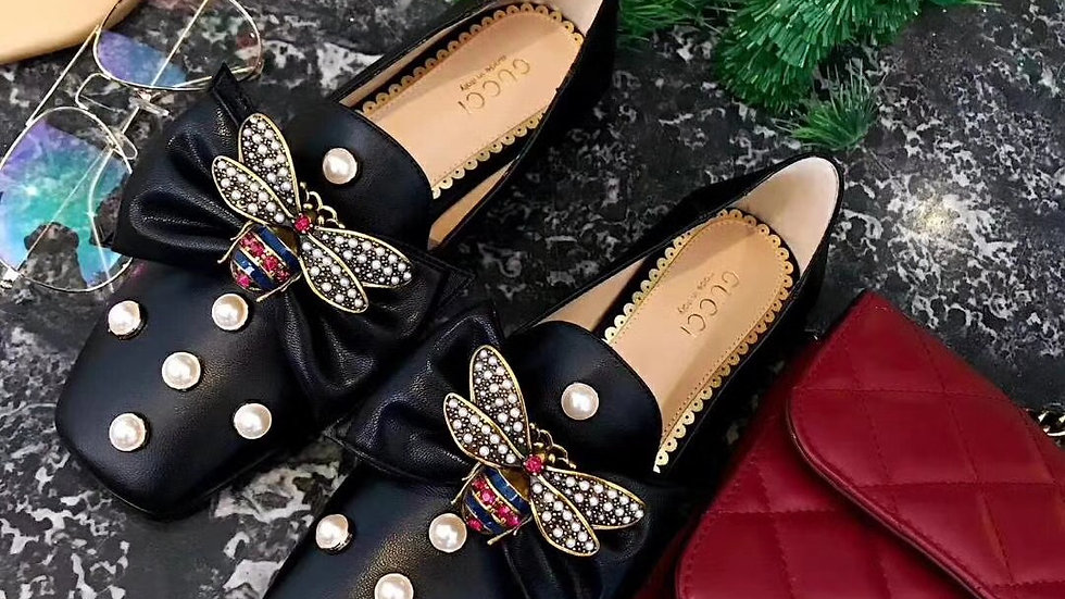 Gucci Pearl Loafer w/Dotted pearls