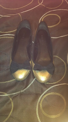 Black and Gold Bow Flats Size 7