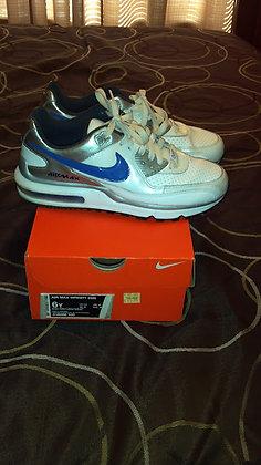 Shoes Size 6y