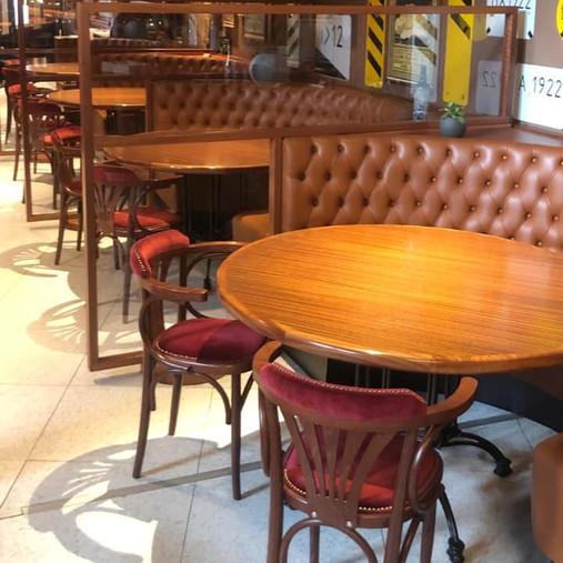 Le restaurant et le bistro Léo pourront à nouveau vous accueillir dès le mercredi 10 juin.  De bons moments en perspective!