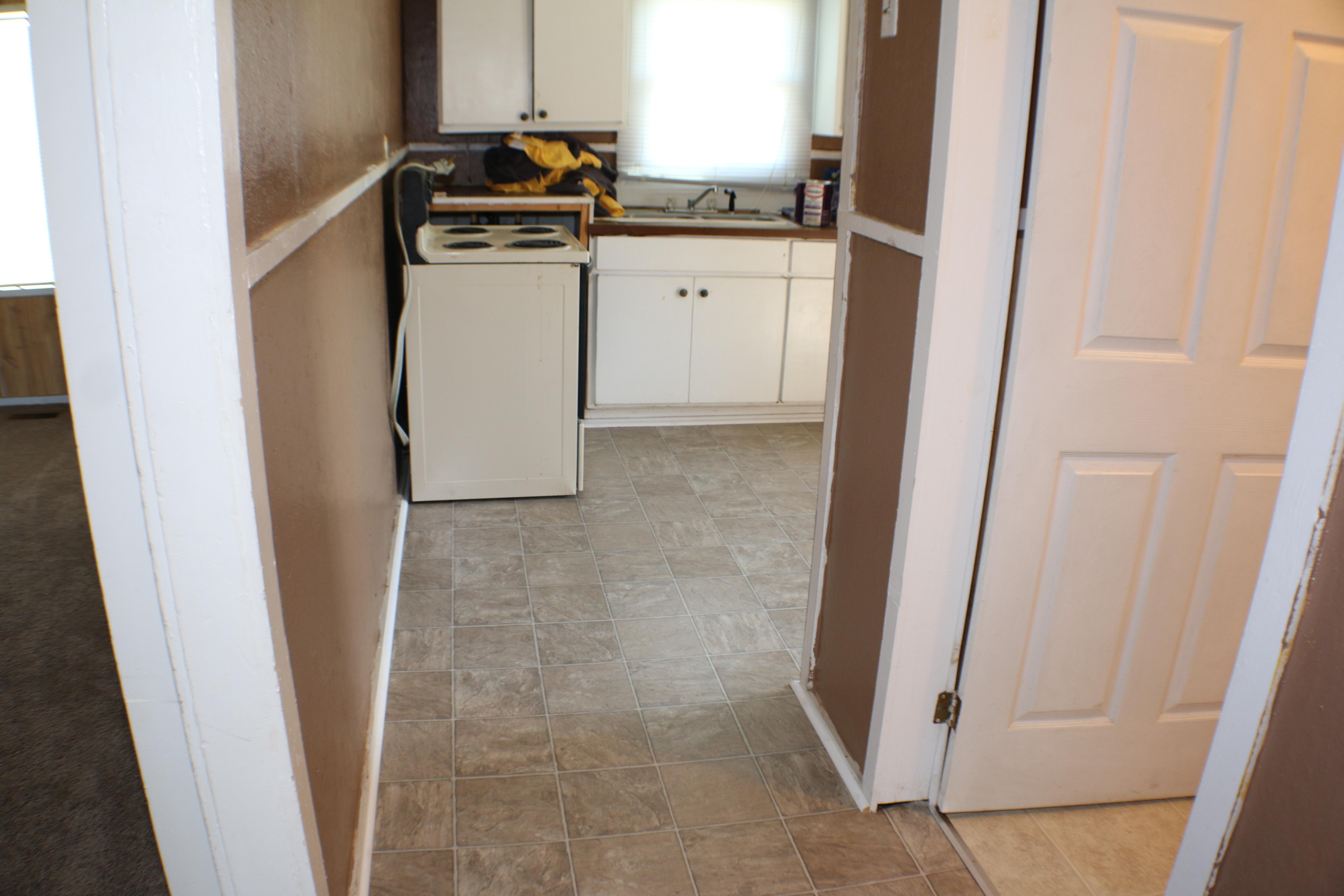 During Kitchen (Floor)