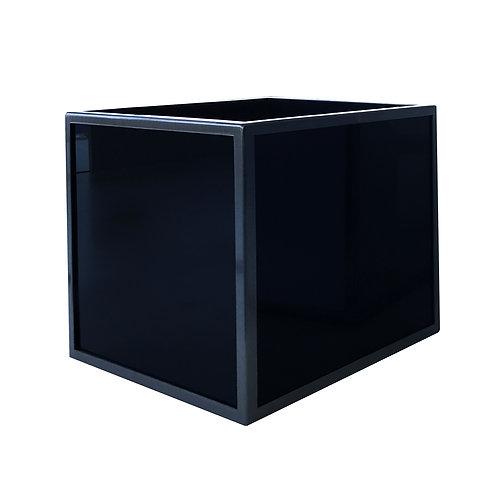 Аренда кашпо с металлическим обрамлением 300х300х300h, окрашенное стекло