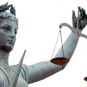 Poder judicial y división de poderes .