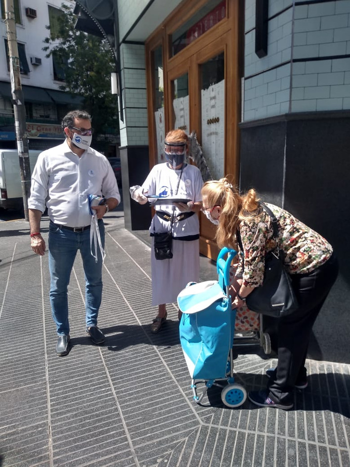 Con vecinos de Rivadavia y Medrano
