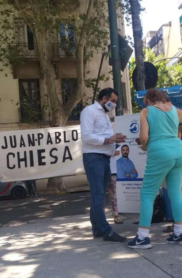 ApRe con los vecinos en la plaza de Almagro