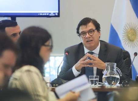 Los aumentos a privados por Decreto NO limitan la negociación colectiva