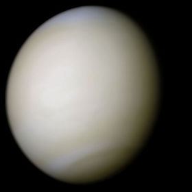 Venus-real_color-Wiki-PD.jpg