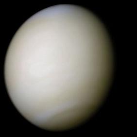 Venus-real_color-Wiki-PD.jpg