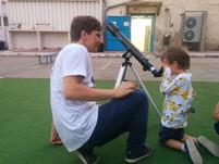 תצפית בטלסקופ בקורס גן חובה-1.jpg