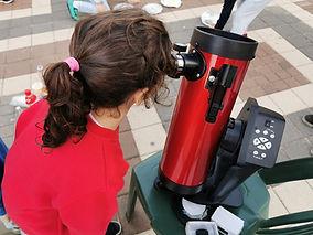 תצפית בטלסקופ בקורס א-ב.jpg