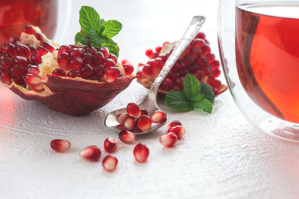 Pomegranate and Pomegranate Tea by Hanna Tor