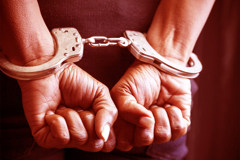 advocate-robbed-police-arrest-two-miscreants