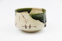 織部茶碗(鉄山作)