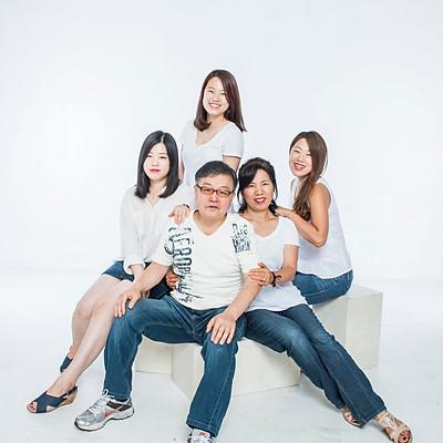 Liz Kang, Family
