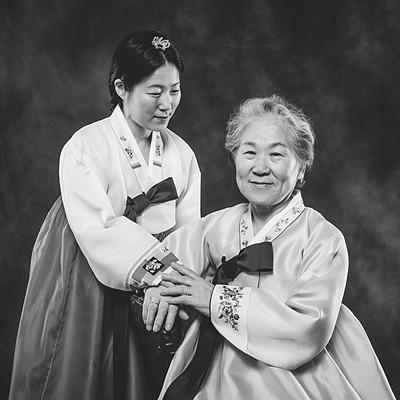 Eun Joo Lee